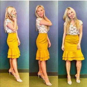 Adorable bell skirt 💛